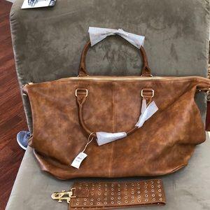 Neiman Marcus Tote/Travel Bag w Shoulder strap